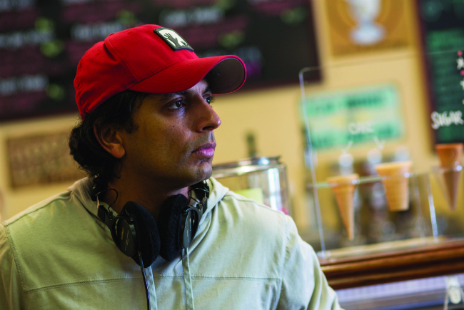 M. Night Shyamalan on set of the visit 2