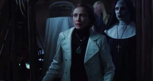 Vera Farmiga and Bonnie Aarons in The Conjuring 2.